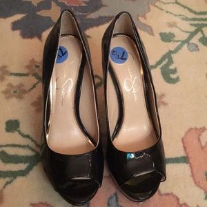 Black open toe shiny heels never worn